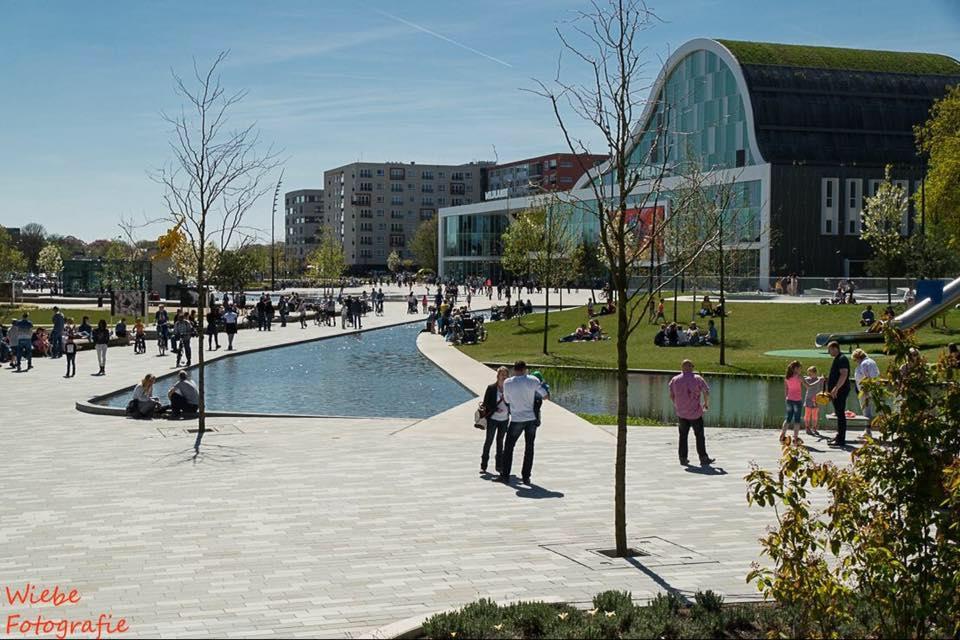 Stedenbouw-Emmen-Raadhuisplein-02